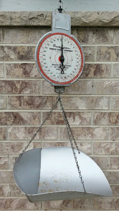 I got this vintage hanging scoop scale as it was less expensive than a new one.